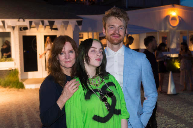 Maggie Baird with children Billie Eilish and Finneas O'Connell in 2019. (Photo: Scott Roth/Invision/AP)