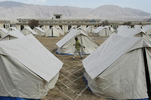 A quarantine camp in Pakistan's Balochistan. Authorities are investigating after journalists said they were tortured for reporting on a camp near the Afghan border (AFP Photo/Banaras KHAN)
